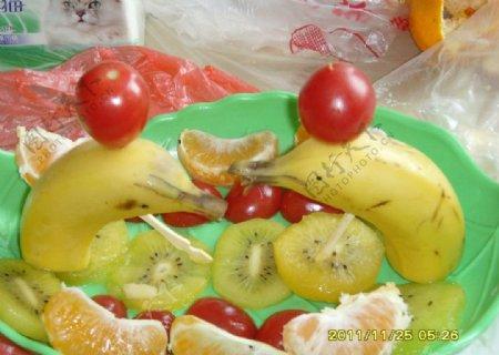 香蕉橘子拼盘图片