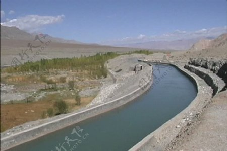 在印度河流域的灌溉运河股票视频视频免费下载