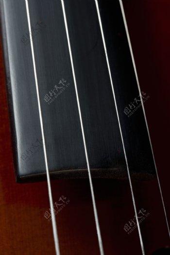 乐器琴弦特写图片