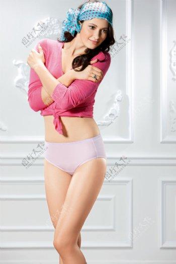 欧美美女内衣模特图片
