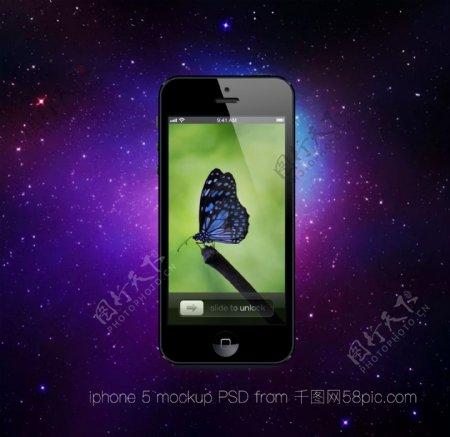 场景中的黑色iPhone4s手机样机模板