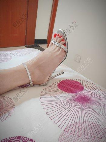 玉足美脚高跟凉鞋美足