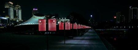 中国红旗夜景道路