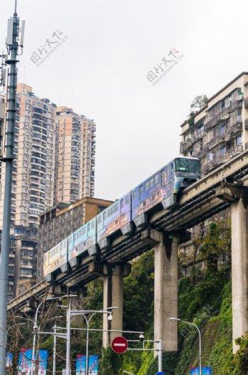 李子坝地铁图片