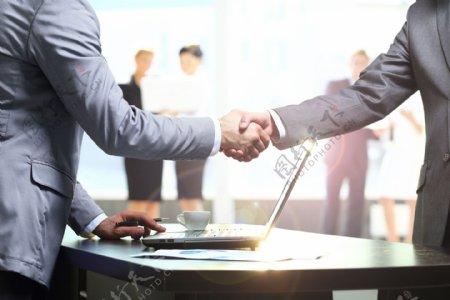 握手合作图片