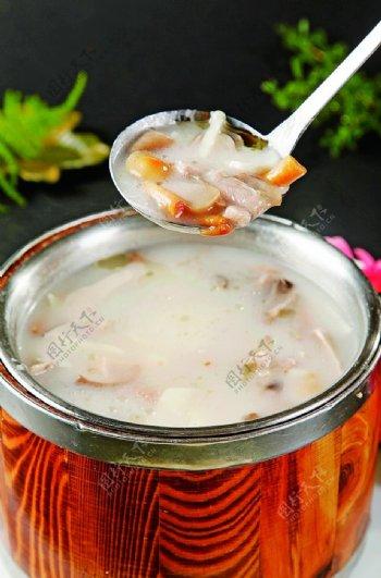 特色菜珍菌滑凤肉图片