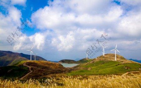 山谷电力风车图片