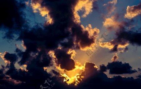 黑暗云图片