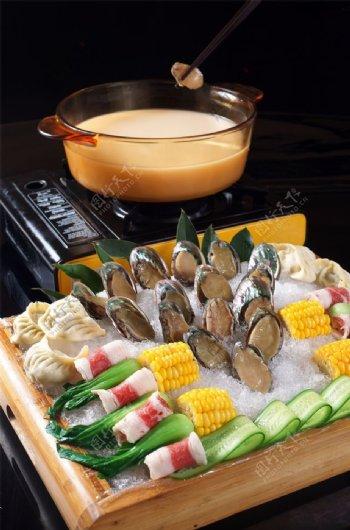 鲍鱼汤锅图片