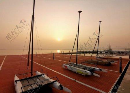 武汉东湖湖心岛帆船基地图片