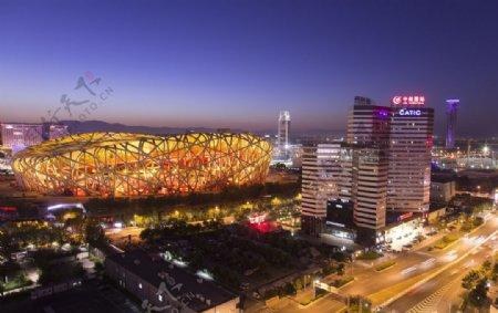 鸟巢体育场夜景图片