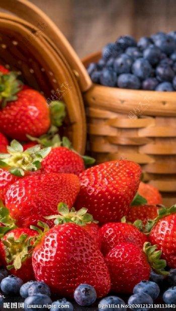 蓝莓草莓图片