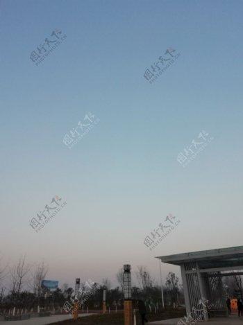 公园图片蓝天白云